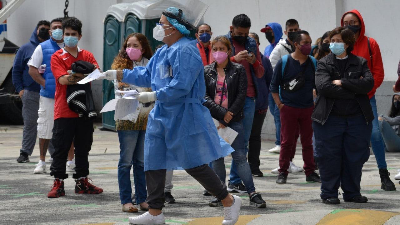 México reporta 19 mil 364 nuevos casos de COVID-19, la cifra más alta desde enero