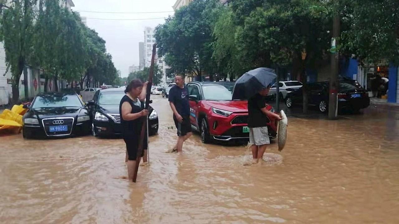 Lluvias en China dejan al menos 25 muertos y 7 desaparecidos