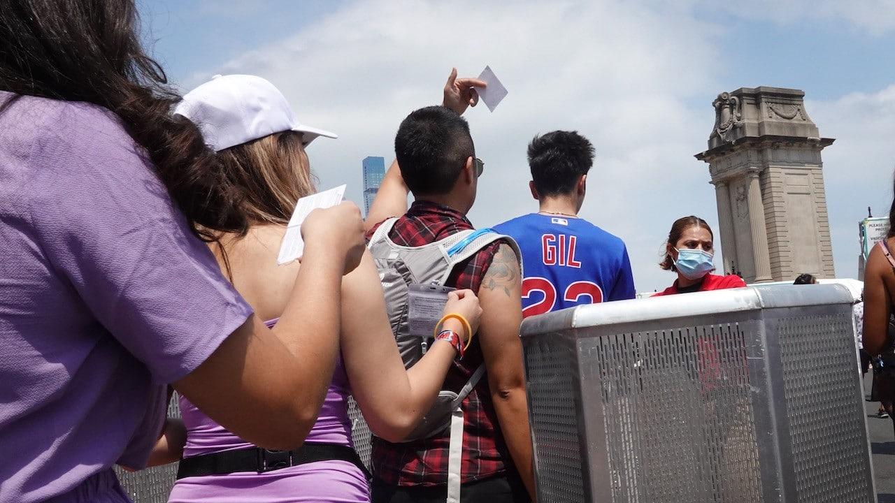 El Festival de Música Lollapalooza atrae a grandes multitudes en medio de casos crecientes de COVID-19 (Getty Images)