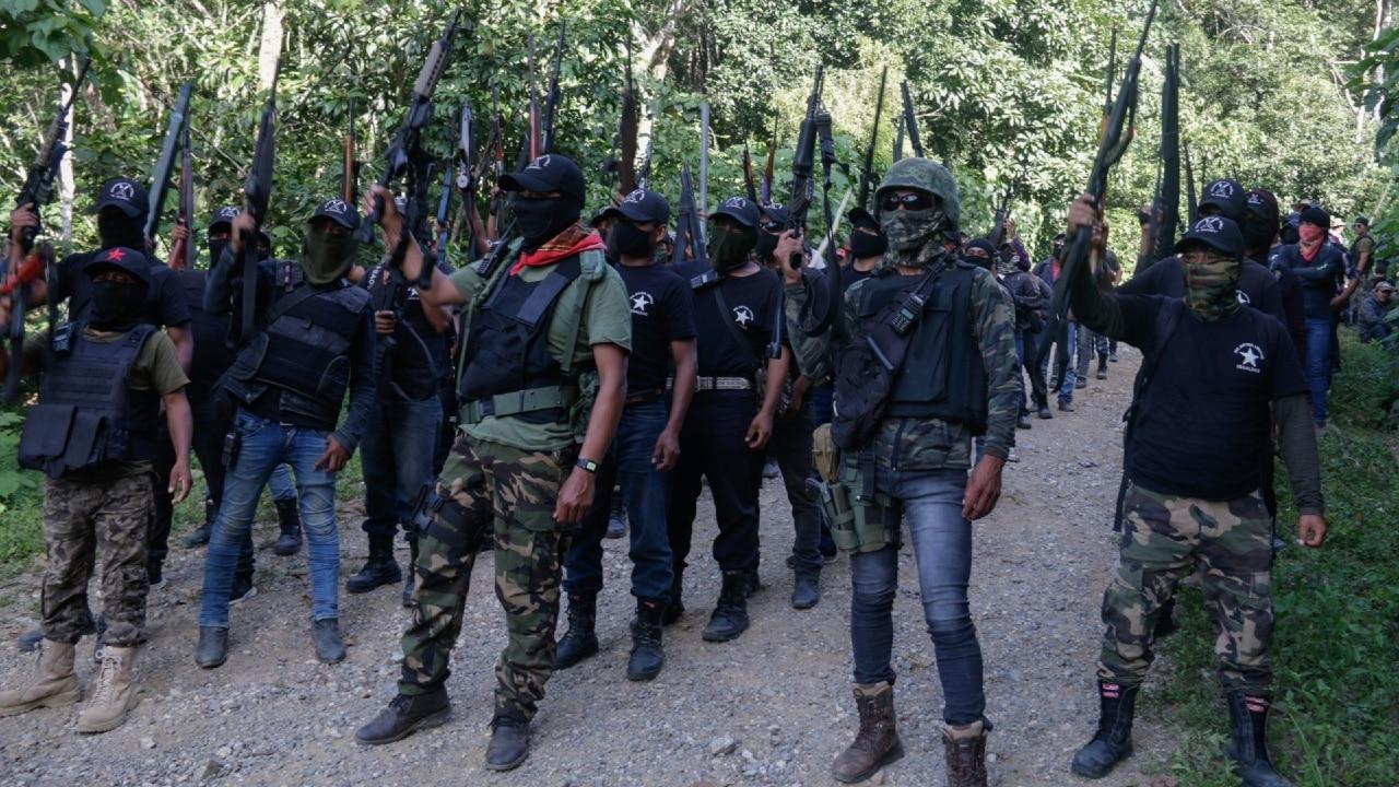 Pobladores de Pantelhó, Chiapa,s se organizaron como autodefensas para detener los ataques de grupos paramilitares y delincuenciales en la región
