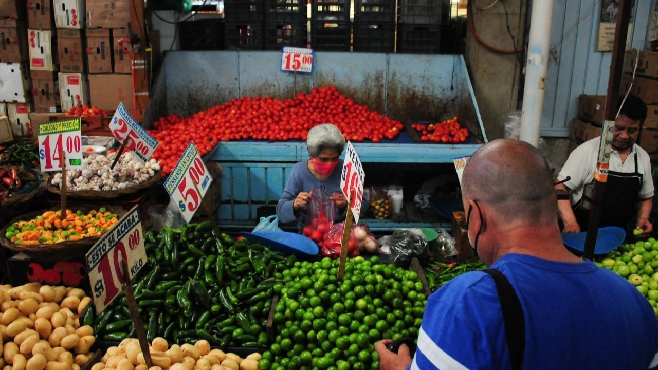 'Pedir fiado', se incrementa en pequeños comercios y mercados tras la pandemia