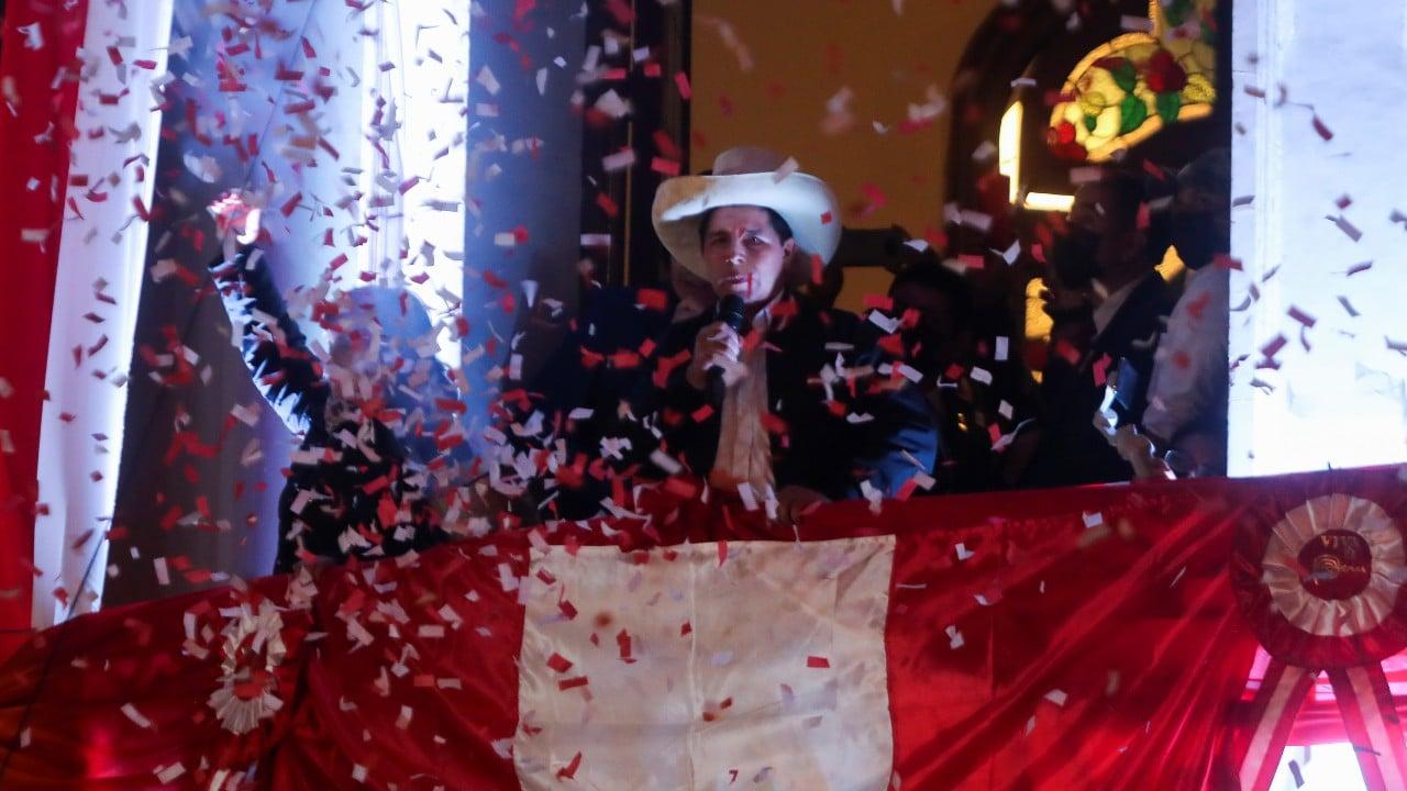 Pedro Castillo celebra triunfo en Perú