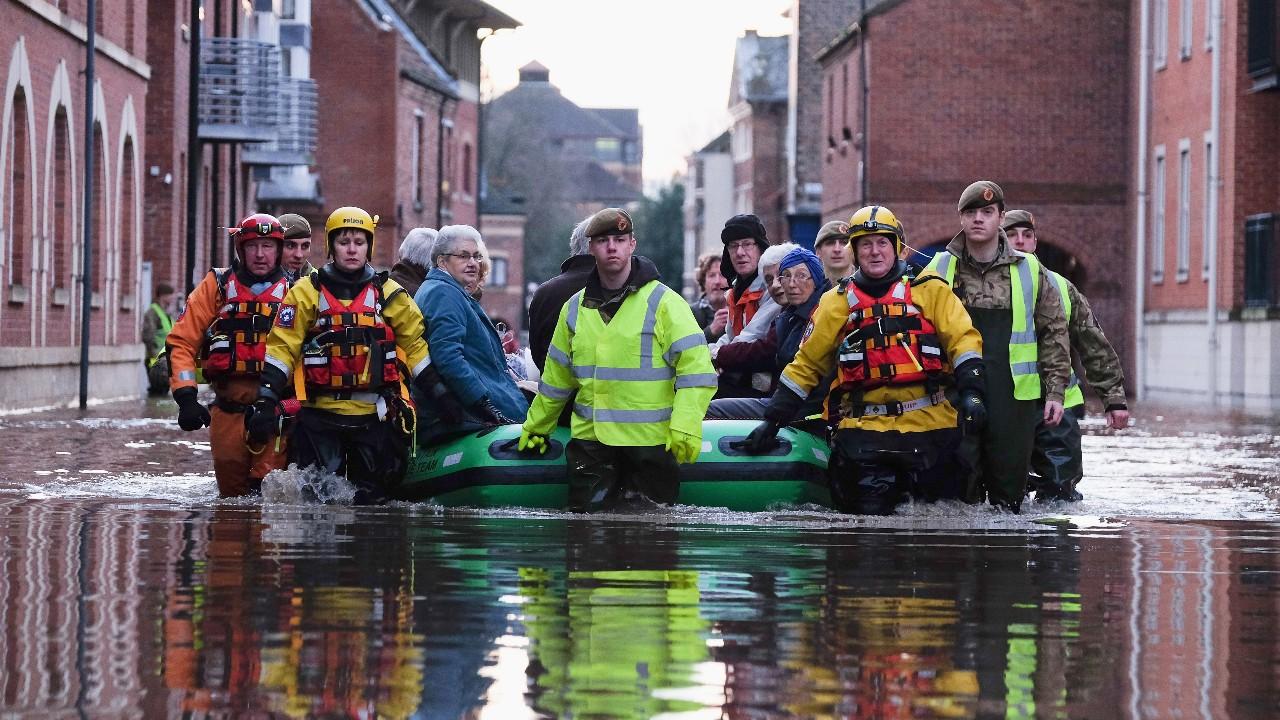 Inundaciones provocan devastación en países europeos – Noticieros Televisa