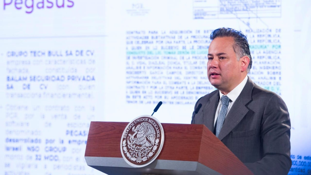 El titular de la Unidad de Inteligencia Financiera (UIF), Santiago Nieto (lopezobrador.org.mx)