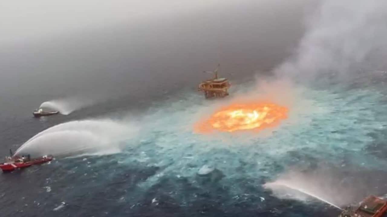 Se incendio ducto marino de Pemex