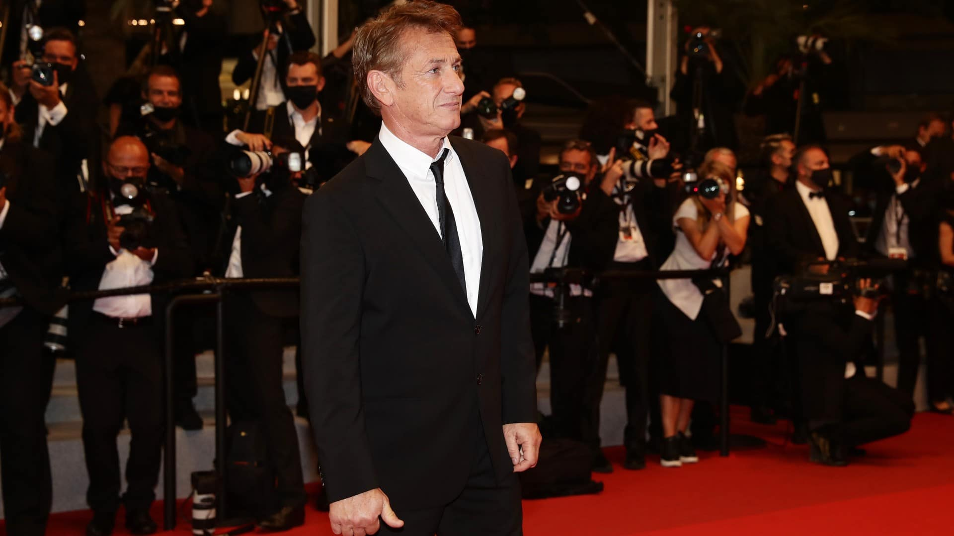 Sean Penn vuelve a competir por la Palma de Oro después de ser abucheado en Cannes