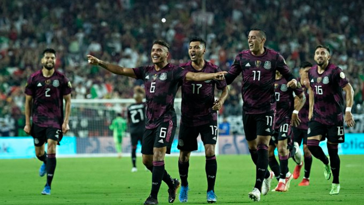 México pasa a semifinales de Copa Oro tras vencer 3-0 a Honduras