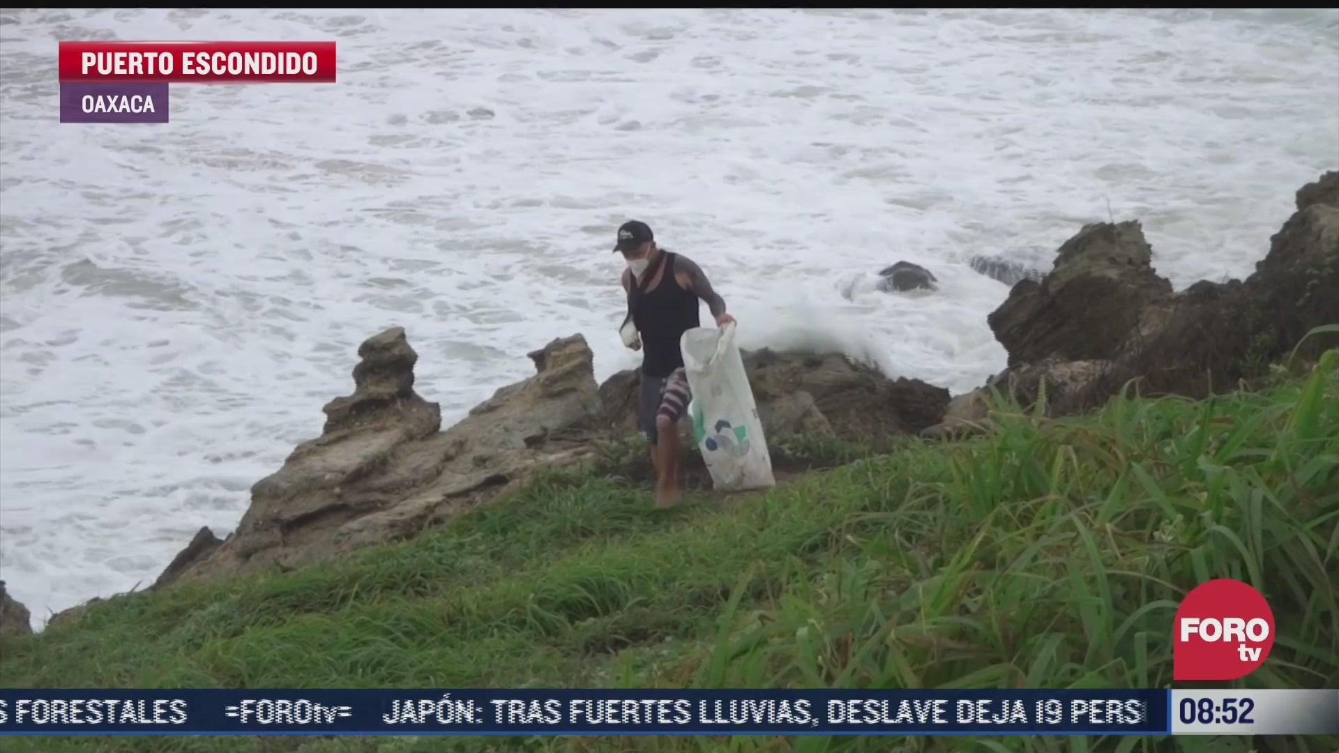 Recolectan más de 700 kilos de basura en playas de Puerto Escondido, Oaxaca