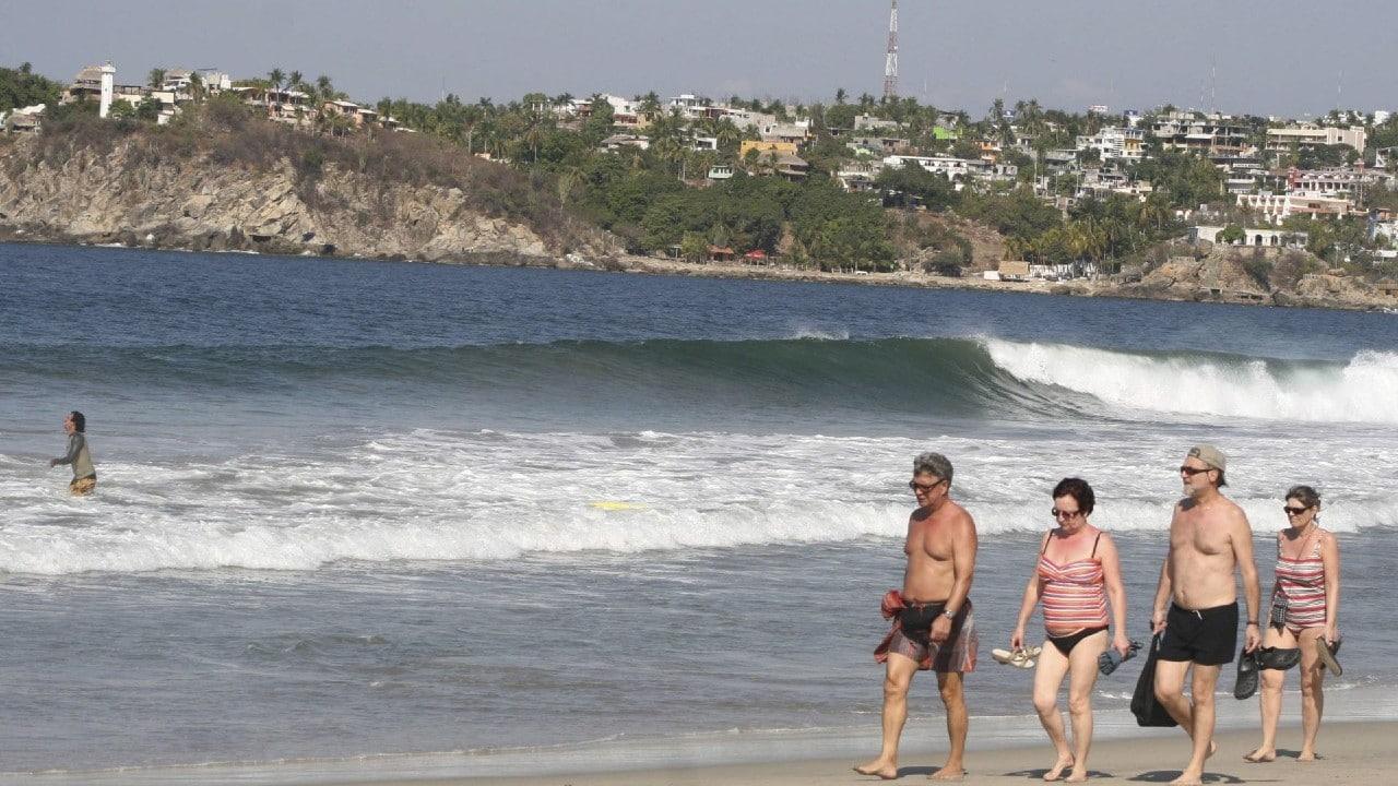 Multas y cárcel por no usar cubrebocas en Puerto Escondido