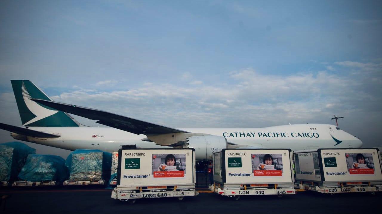 Llegan a México un millón de vacunas contra la COVID-19 de Sinovac