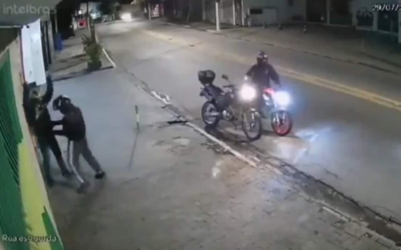 Justiciero anónimo dispara a ladrón en video