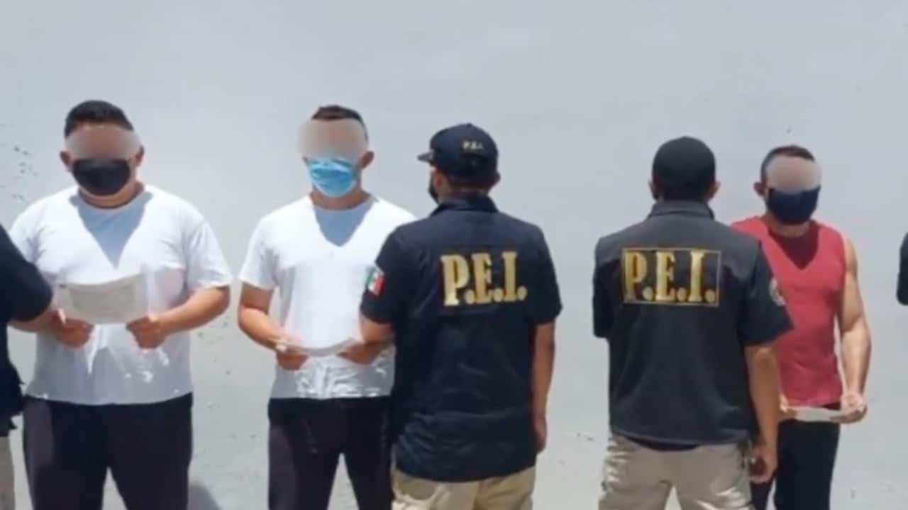 Policías detenidos por estar involucrados en muerte de José Eduardo Ravelo (Twitter: @NTelevisa_com)