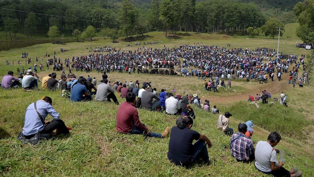 Indígenas eligen a sus autoridades para restablecer la paz en Pantelhó, Chiapas (EFE)