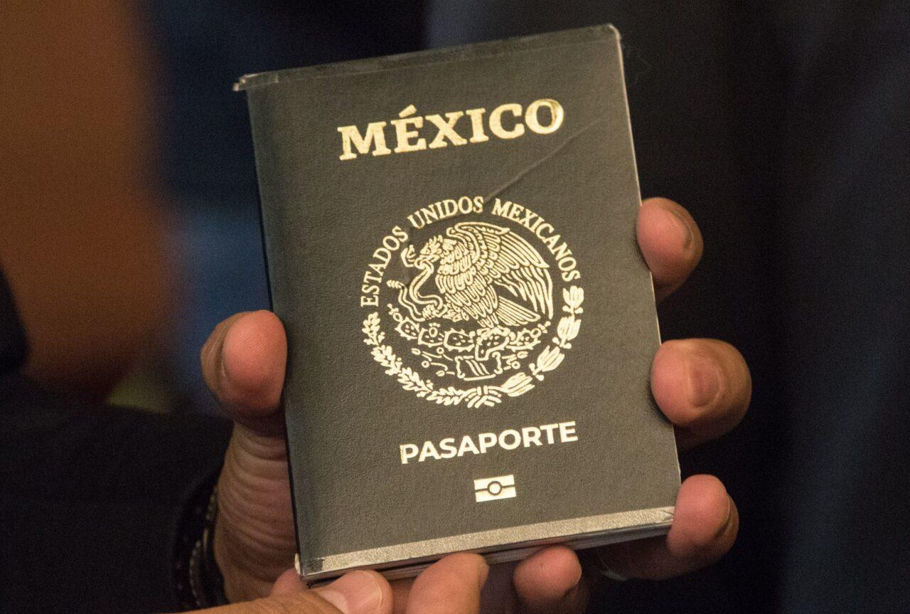 Pasaporte mexicano: ¿se puede tramitar en semáforo rojo?