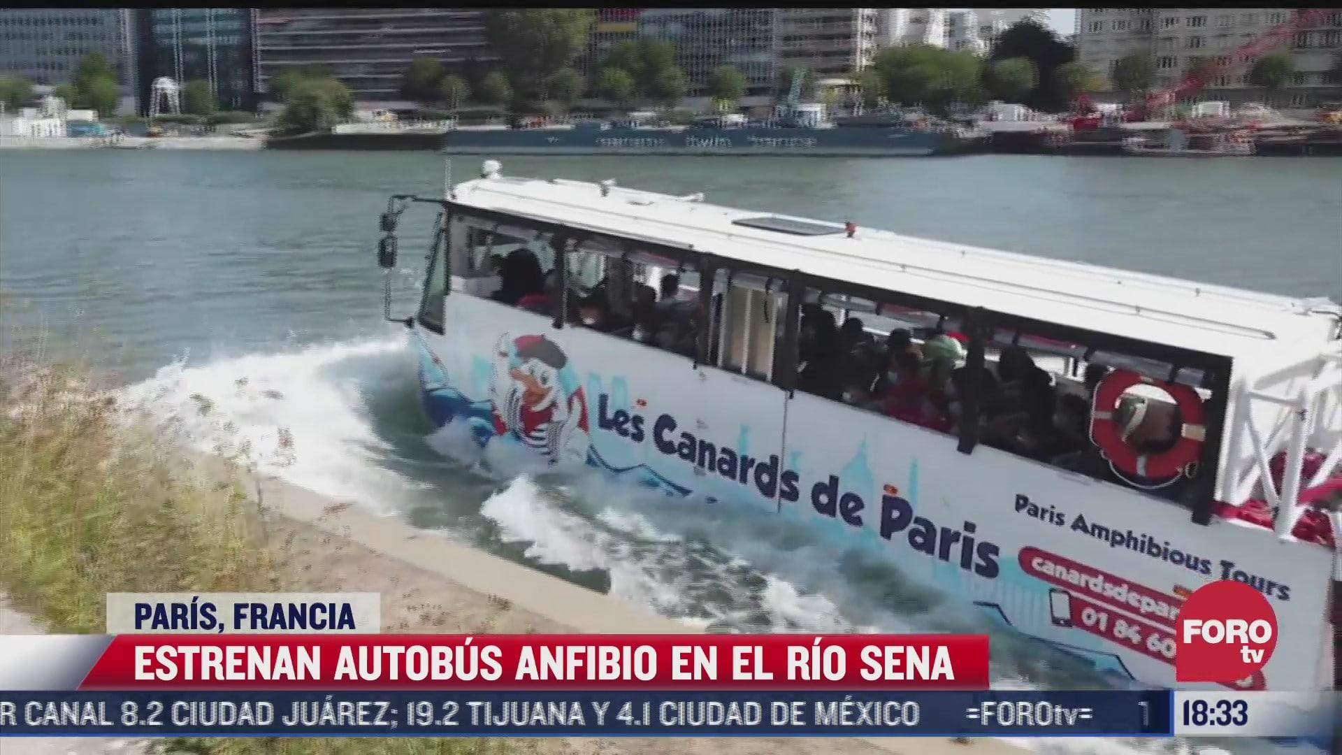 estrenan autobus anfibio en el rio sena en paris