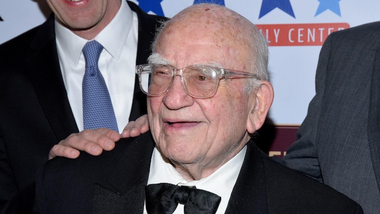Fallece Ed Asner, el actor conocido por su papel de Lou Grant
