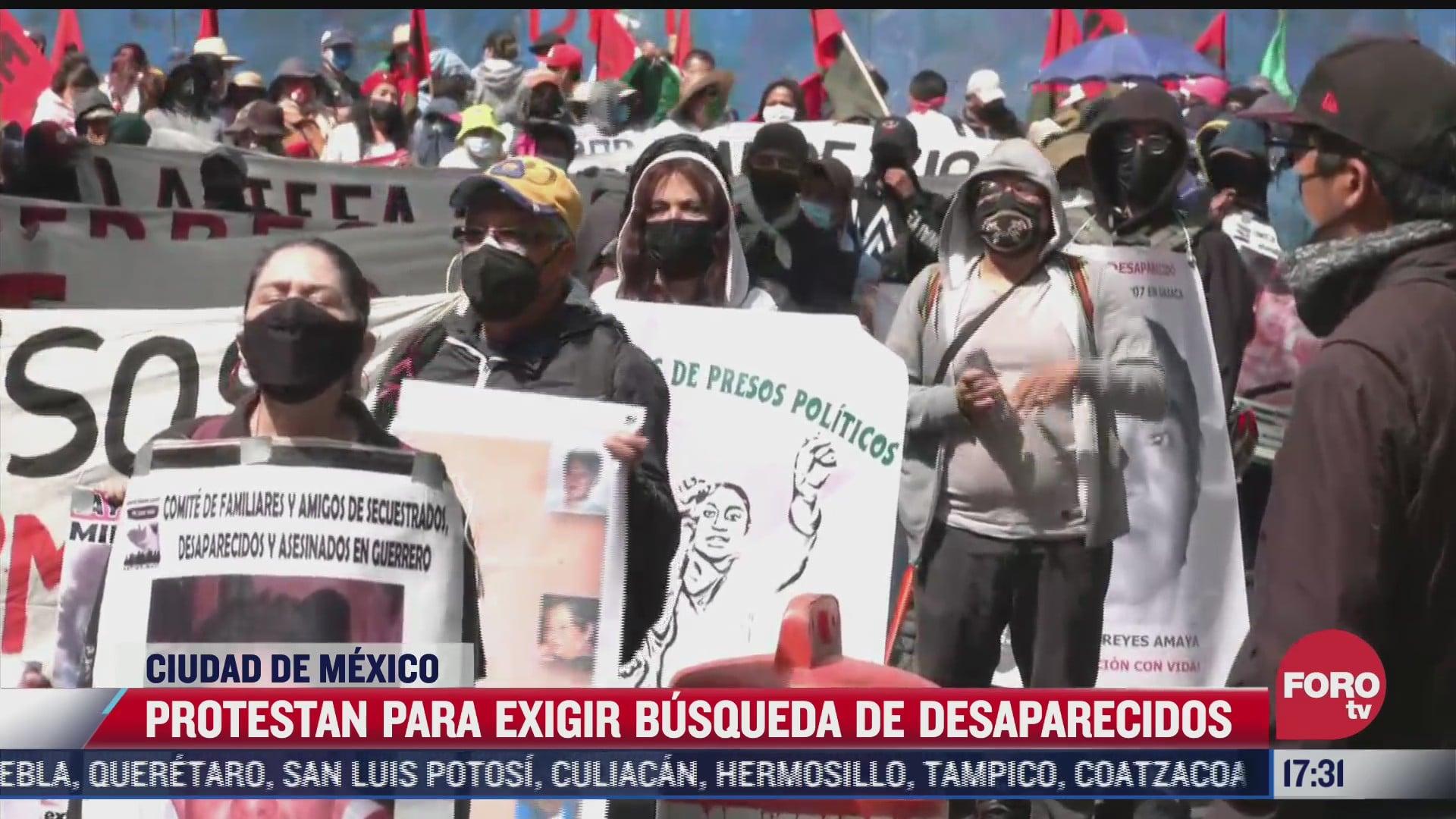 familiares de desaparecidos protestaron en el zocalo de la cdmx