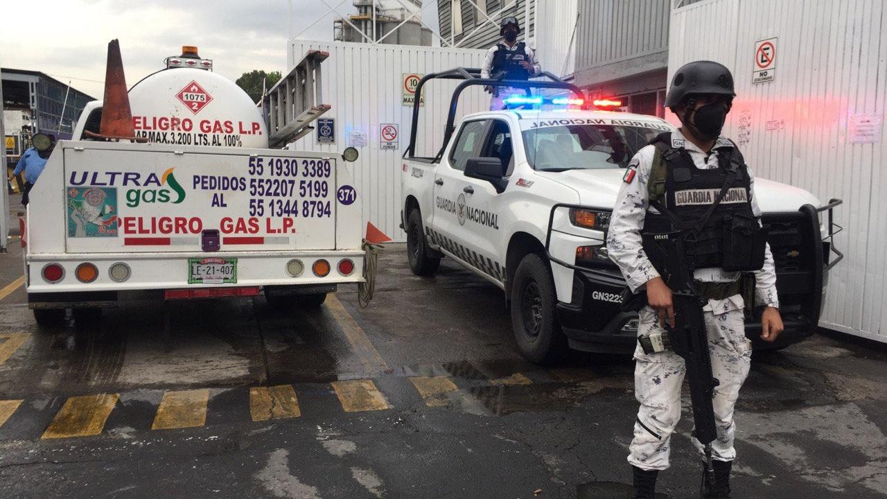 Elementos de la Guardia Nacional resguardan gaseras en CDMX y Estado de México