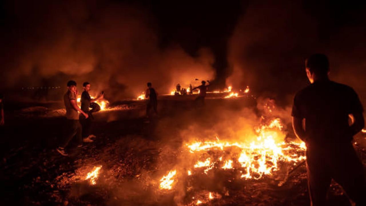 Israel bombardeó Gaza tras lanzamiento de globos incendiarios y protestas en la frontera