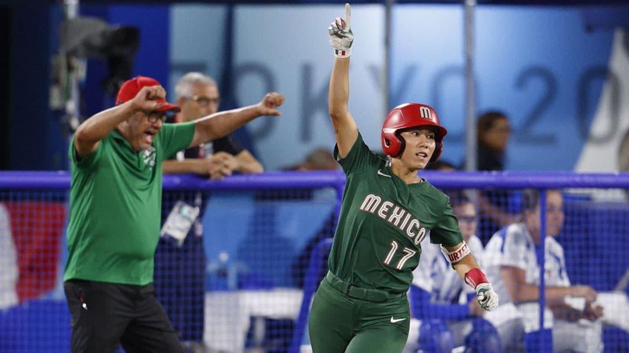 Jugadora softbol lamenta tirar uniforme, renuncia seleccion