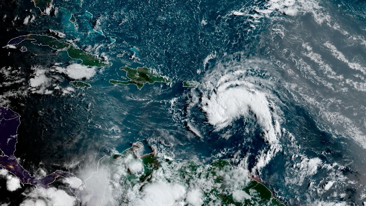 La tormenta tropical Fred se acerca a República Dominicana, advierten peligrosas inundaciones