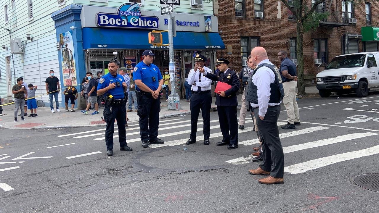 La Policía investiga un tiroteo en el vecindario de Corona, en Queens, New York.