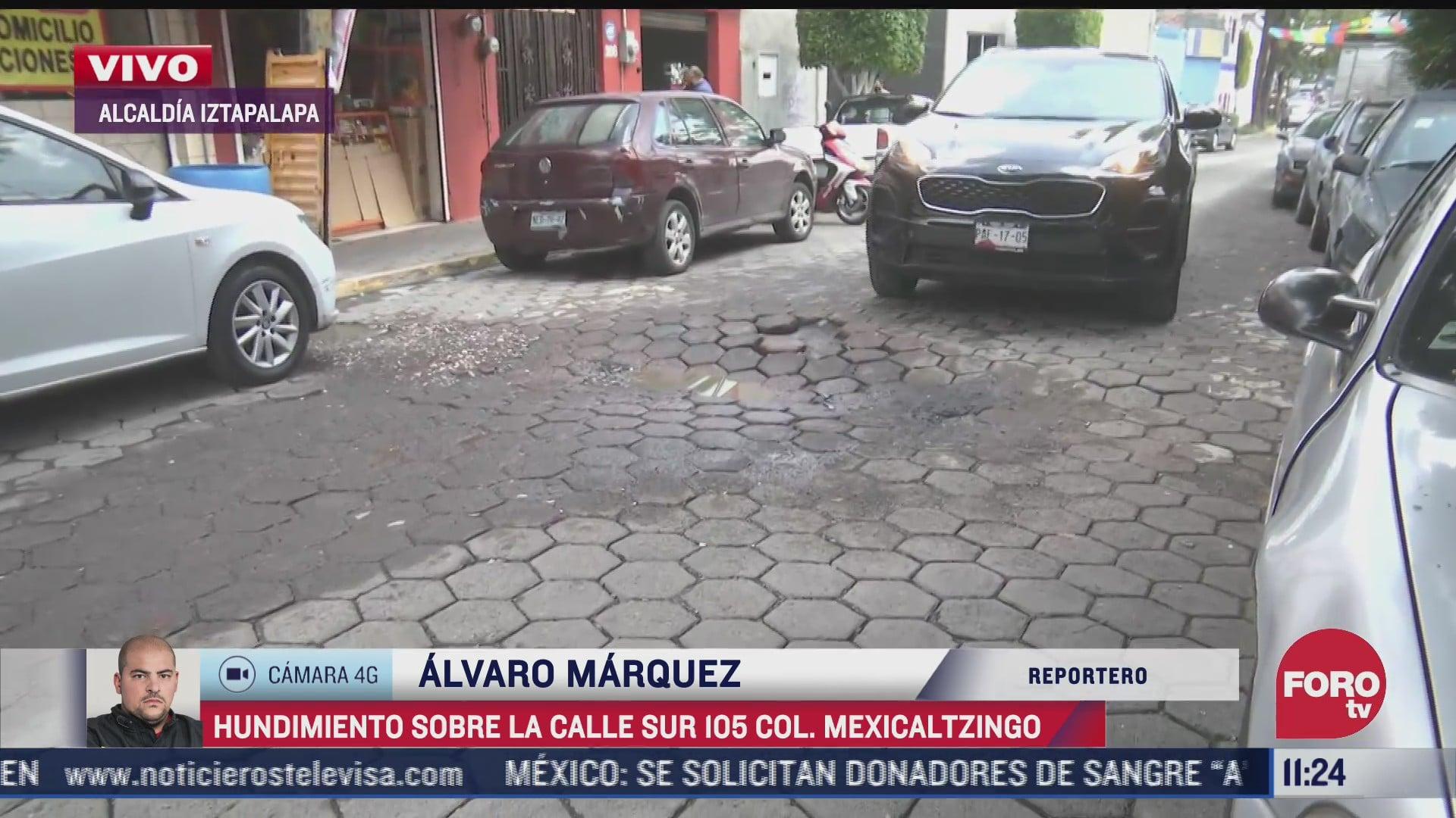 reportan hundimiento en calle de la alcaldia iztapalapa