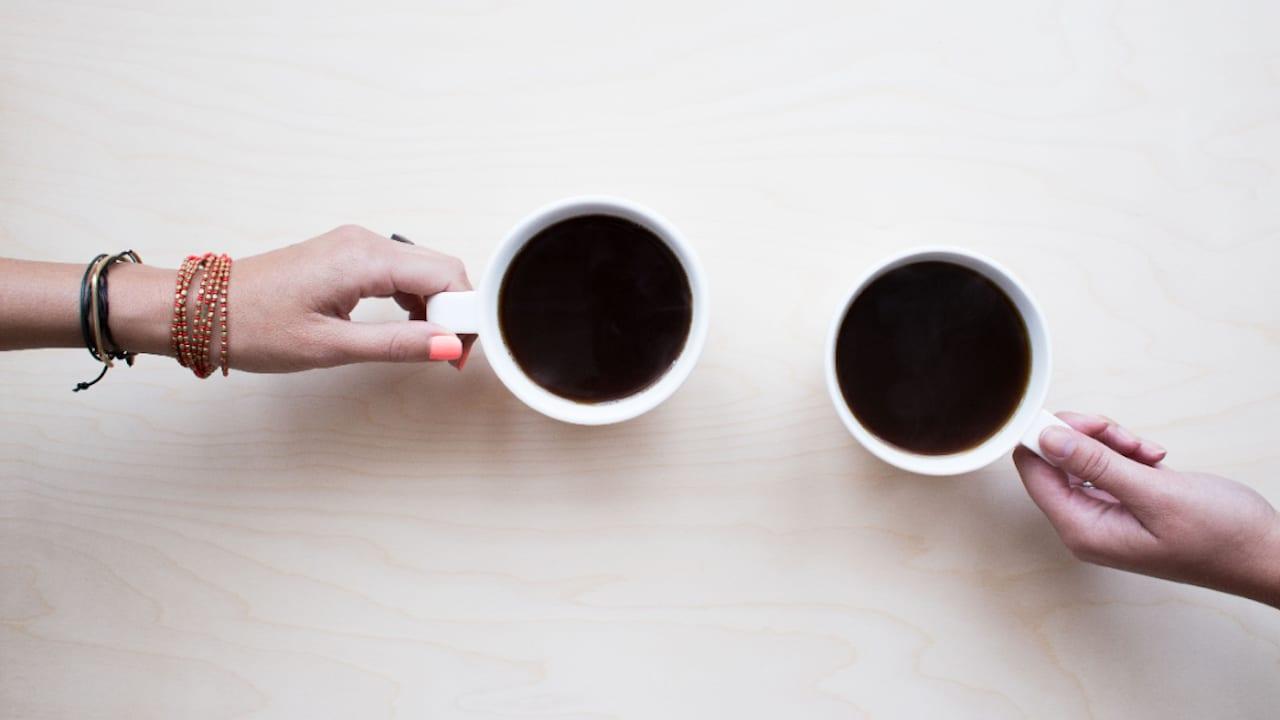 Beber café en exceso puede provocar demencia