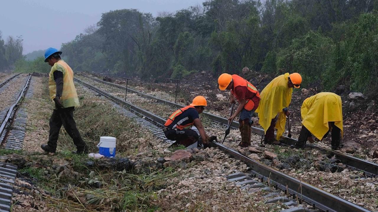 Abren vacantes para construcción del Tren Maya en Playa del Carmen