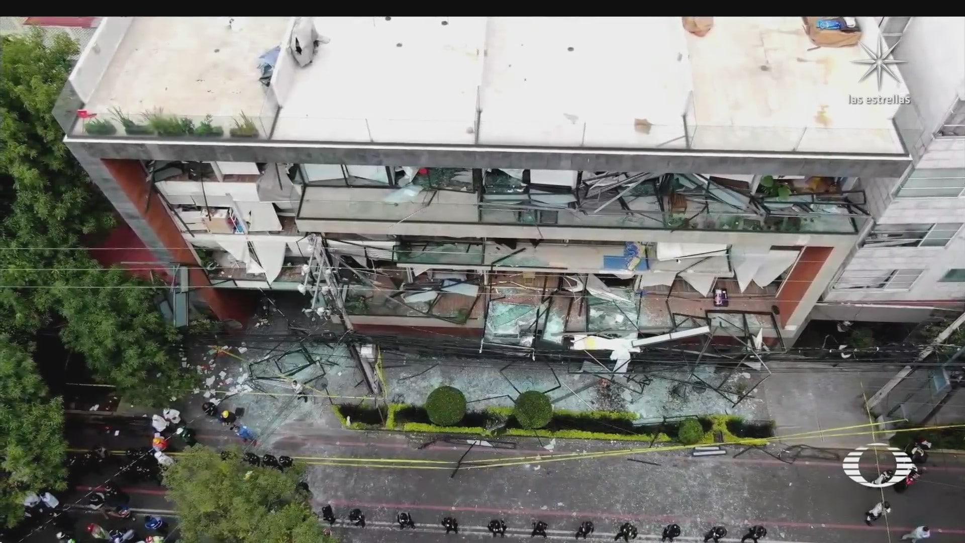 un muerto y decenas de heridos por explosion en edificio de avenida coyoacan cdmx