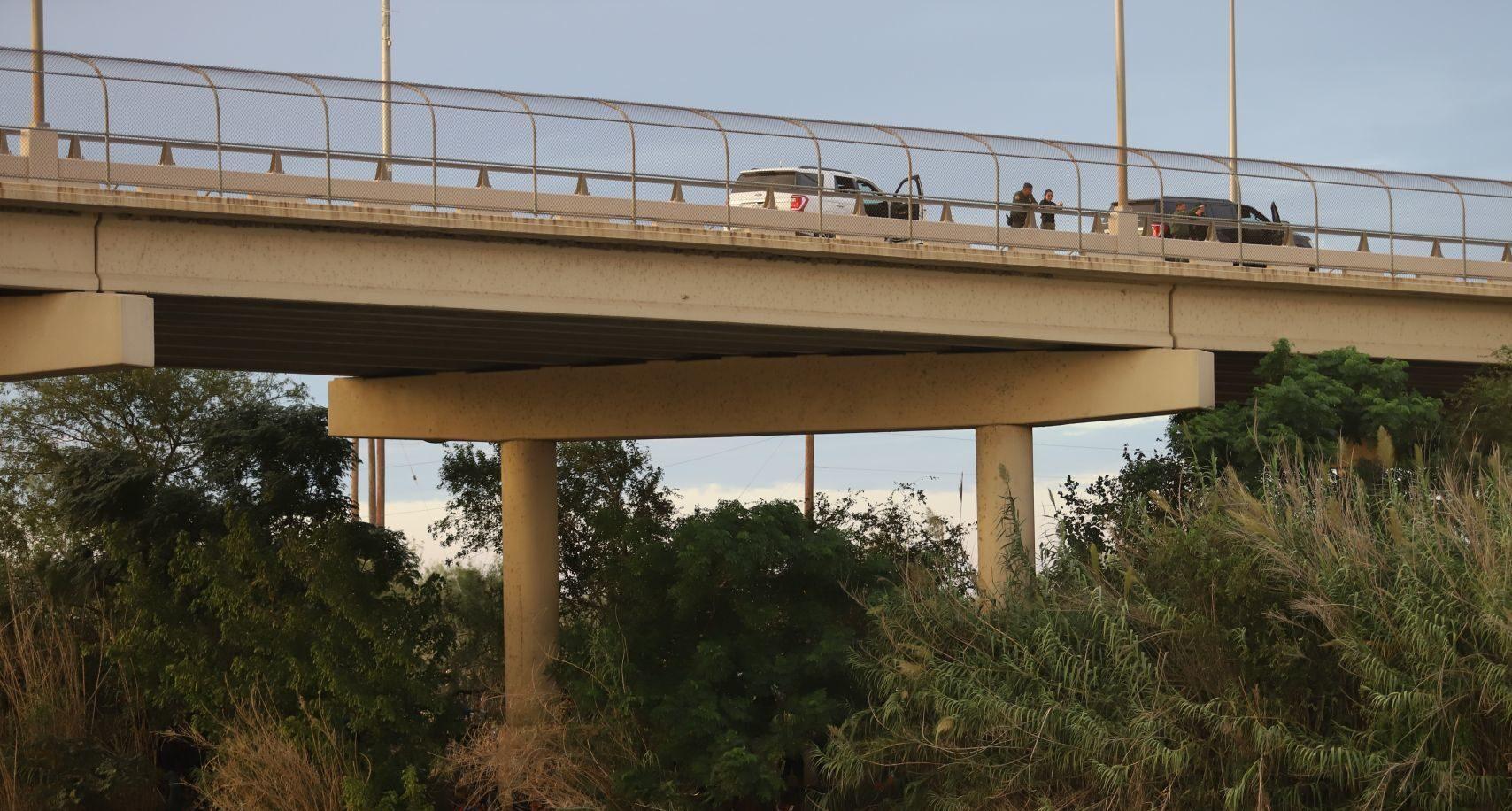 Abre puente fronterizo Acuña-Del Río y reinician las operaciones comerciales y viajes