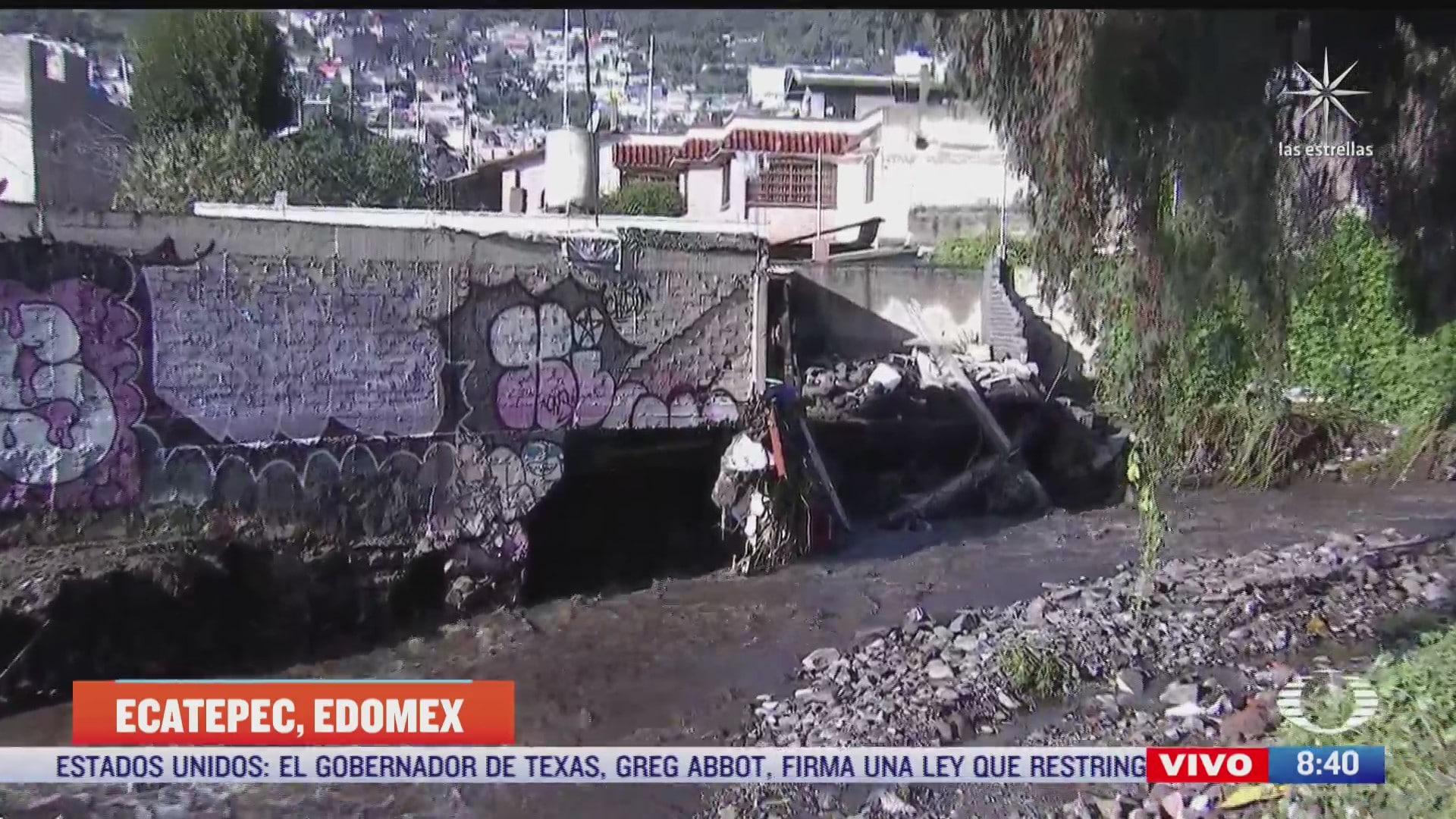 afectados por inundacion en ecatepec denuncian formacion de socavon dentro de casa