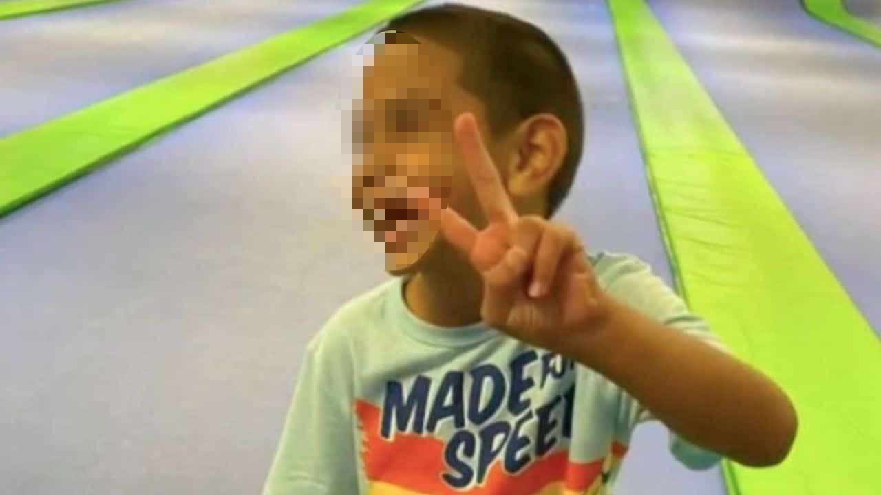 Aidan Niño 6 Años Adoptado Texas