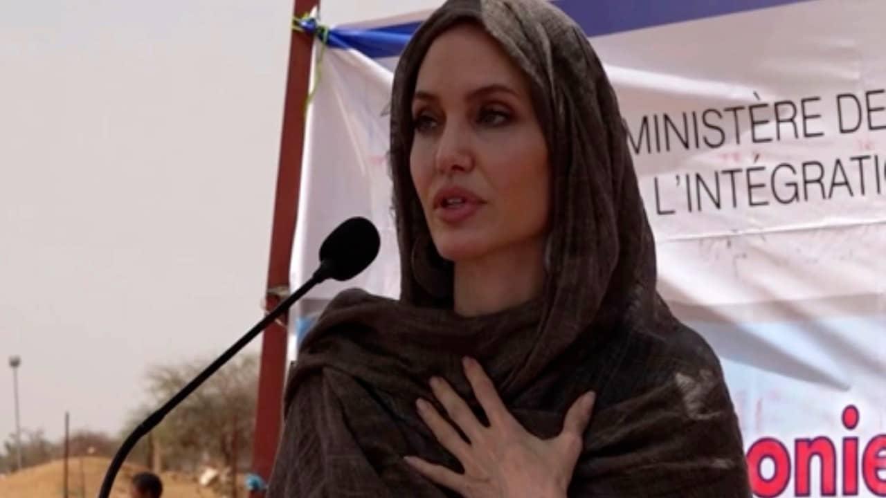 Angelina Jolie expresa su preocupación por las mujeres y niñas de Afganistán