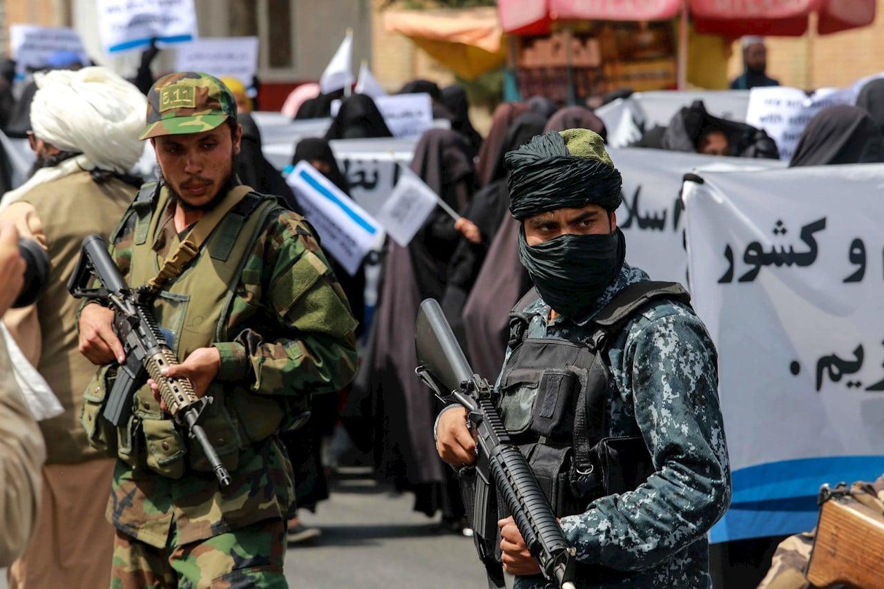 Talibanes en las calles de Kabul