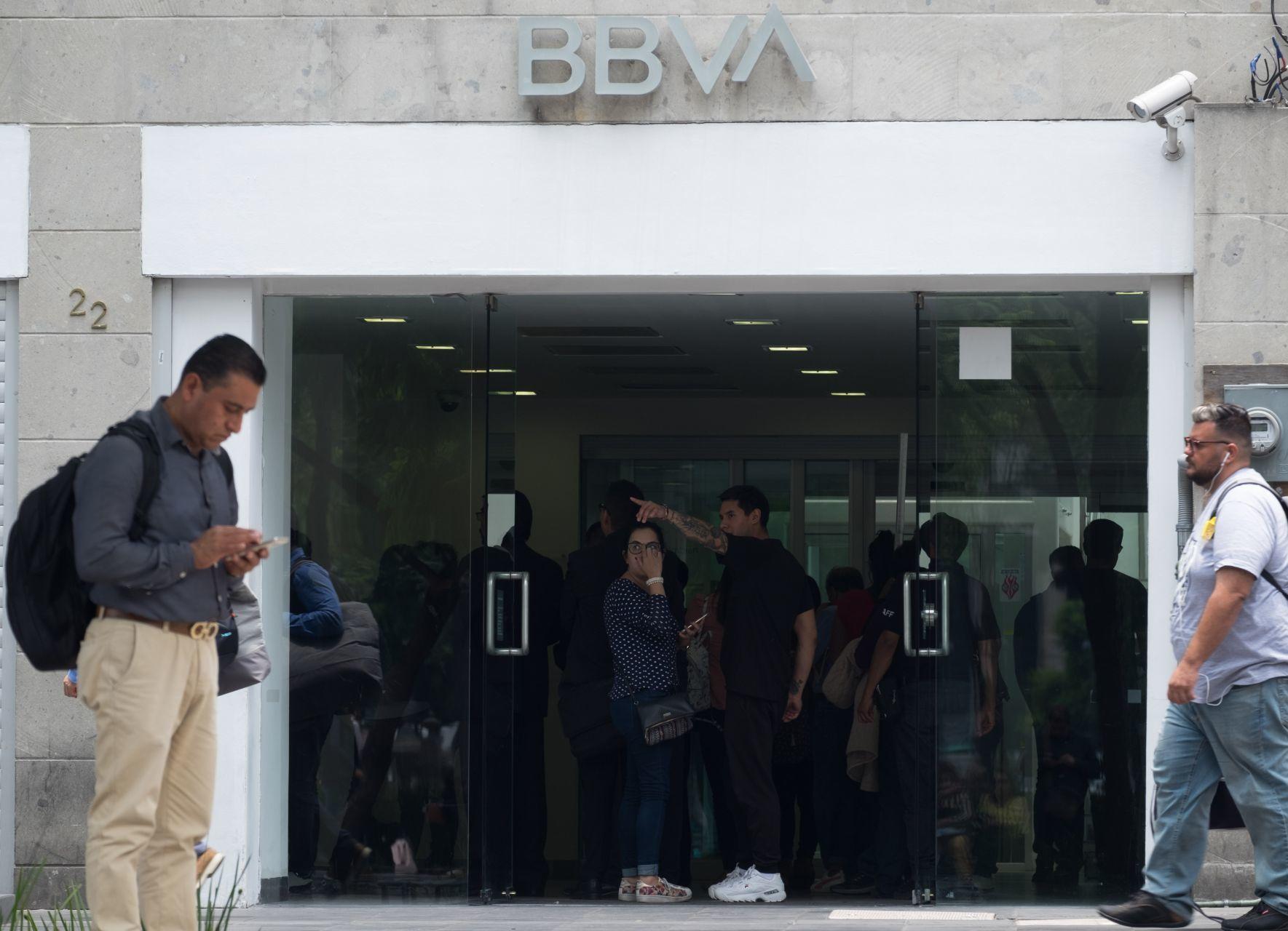 Usuarios reportaron fallas en el sistema de de bancos, cajeros y aplicación móvil de BBVA México (Cuartoscuro)