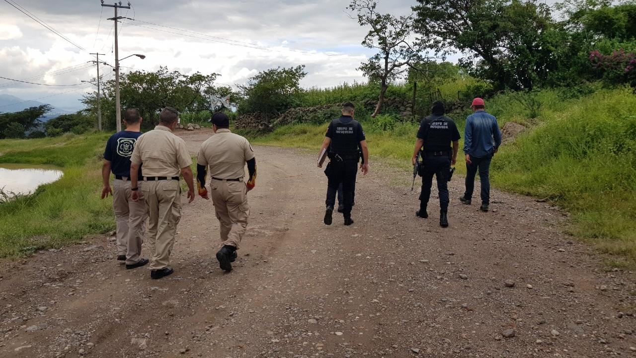 Policías de Zapopan, en coordinación con personal de Protección Civil, realizan la búsqueda de una persona reportada como extraviada