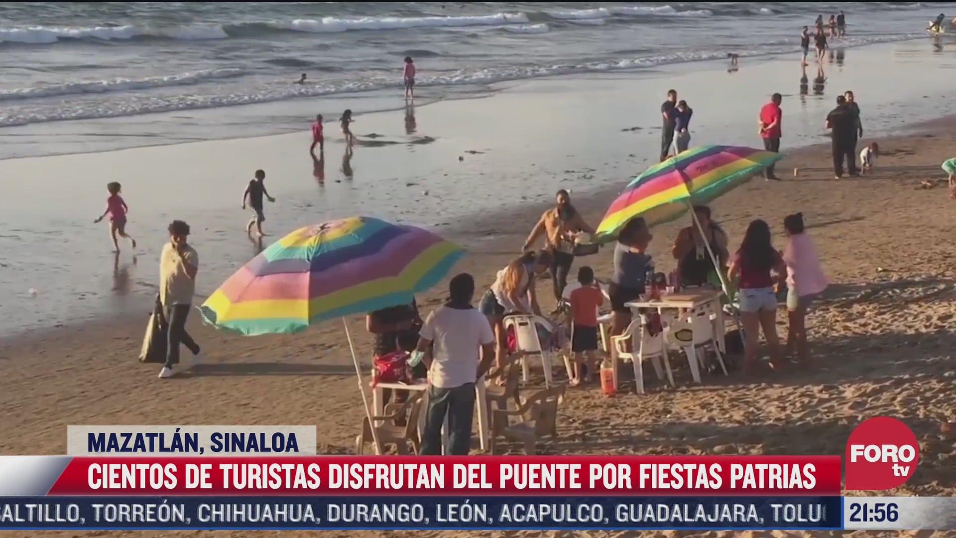 cientos de turistas arriban a mazatlan sinaloa