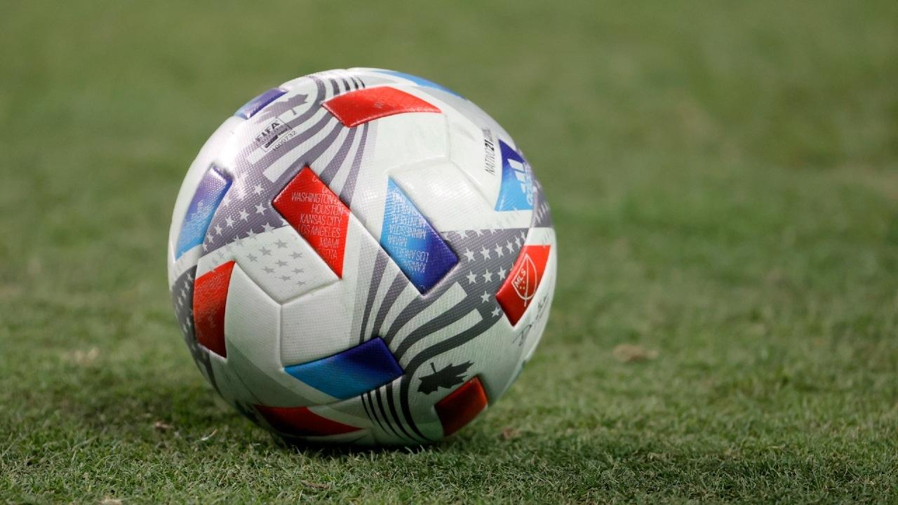 Cofece sanciona a 17 clubes de Liga MX y FMF por prácticas monopólicas