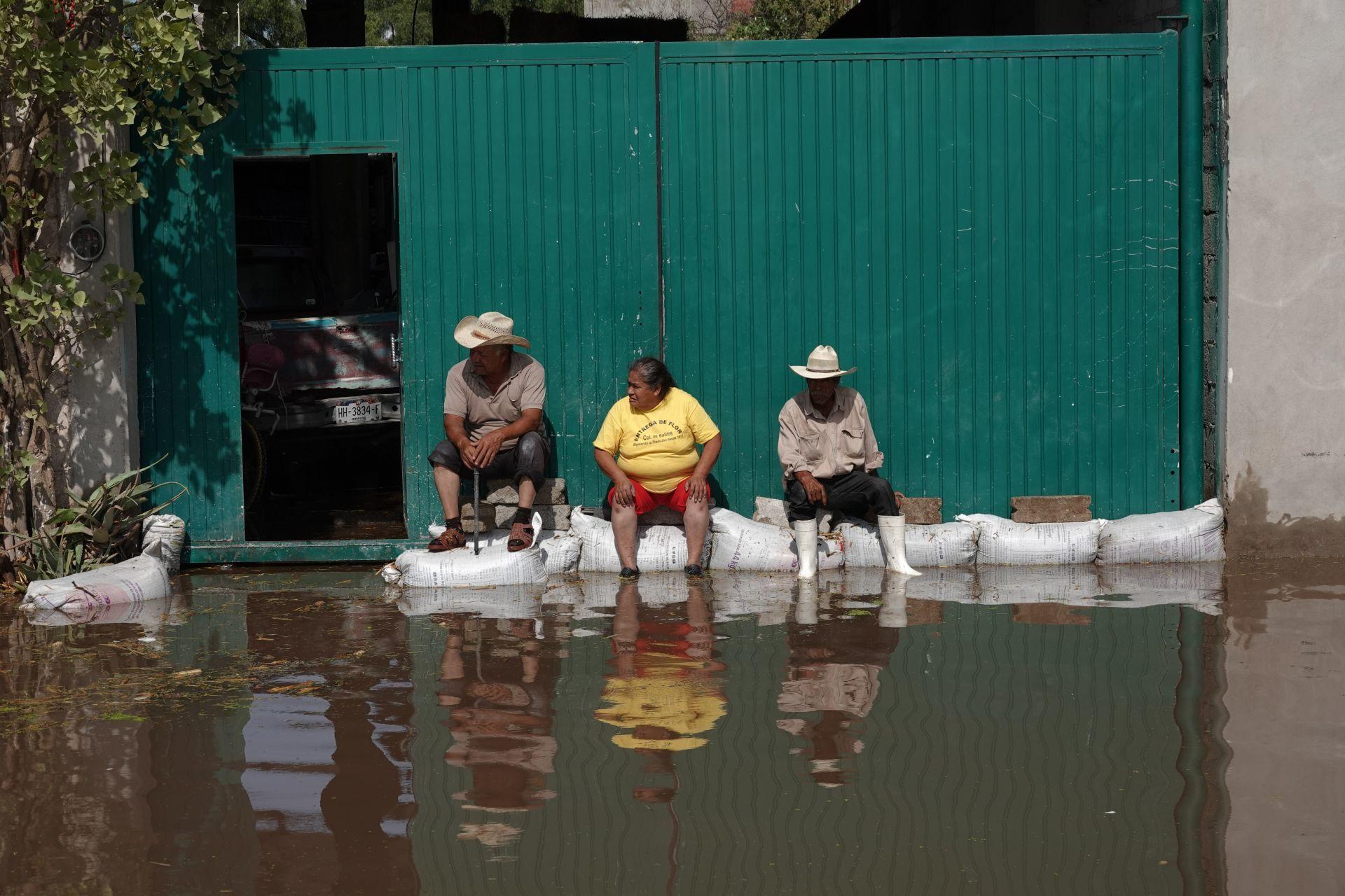 Hogares de habitantes de Tlahuelilpan tras las el desbordamiento del Río Tula tras intensas lluvias (Cuartoscuro)