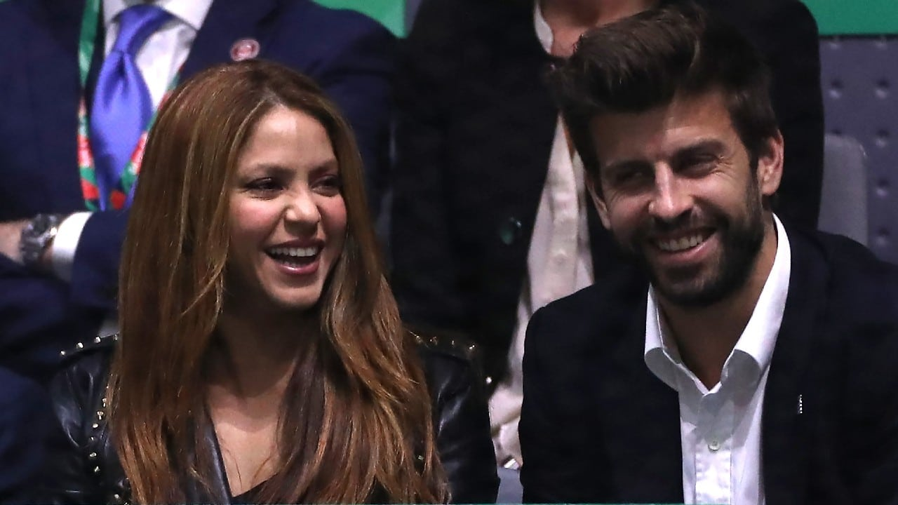 Denuncian que acompañantes de Shakira y Piqué intimidaron a un fotógrafo en España
