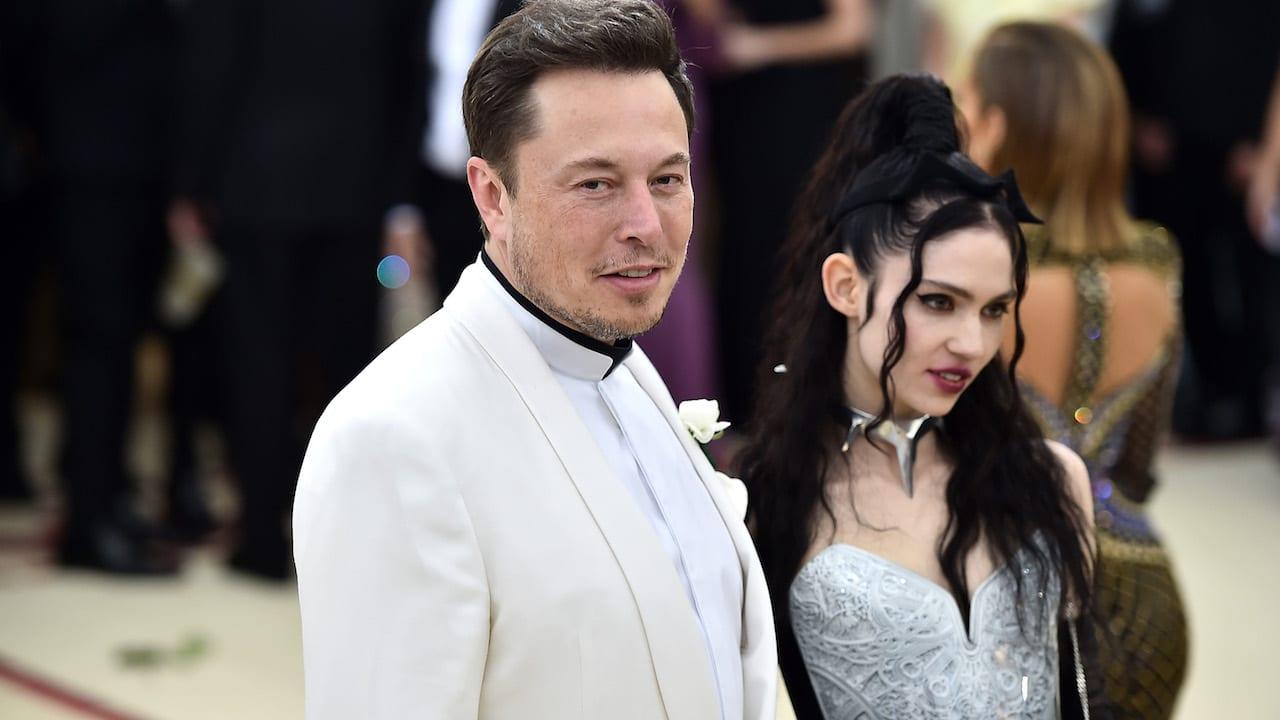Elon Musk Grimes Separan Padres