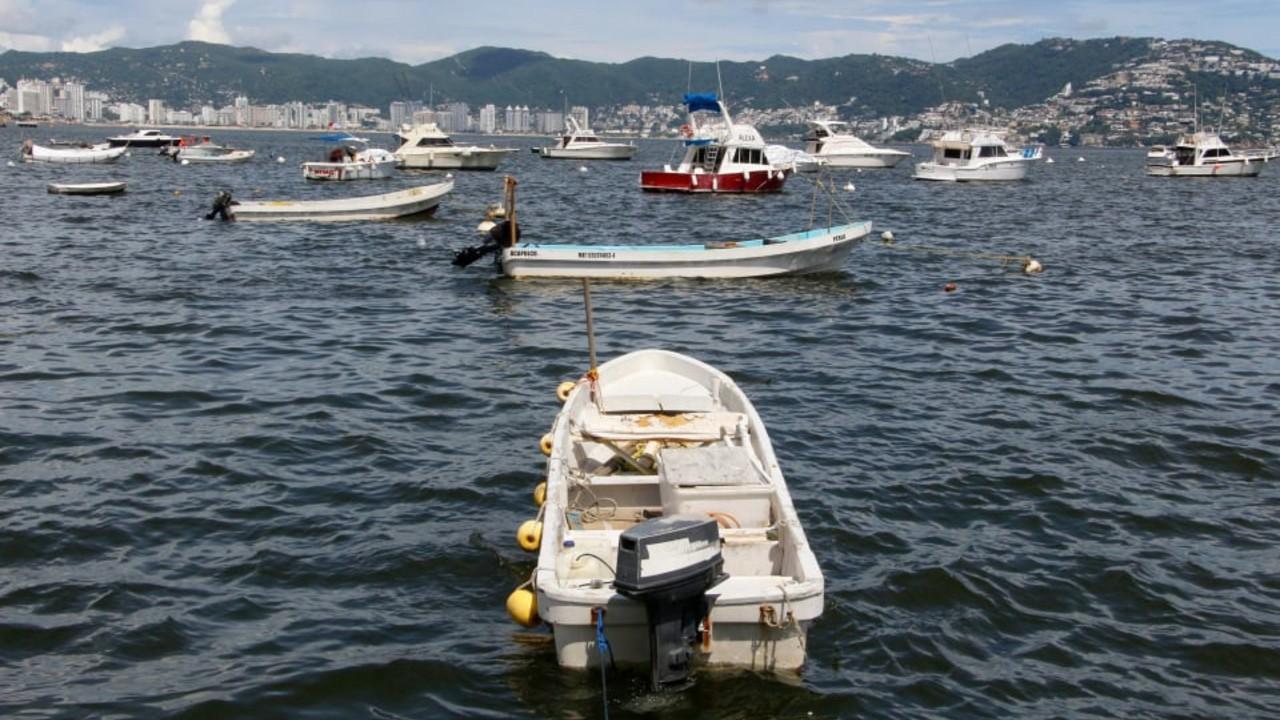 Encuentran cuerpo de uno de los pescadores desaparecidos en Acapulco
