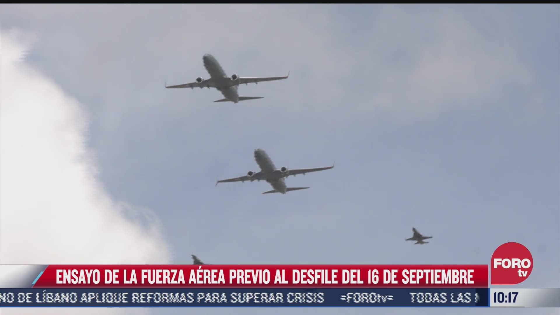 ensayo de la fuerza aerea previo al desfile militar