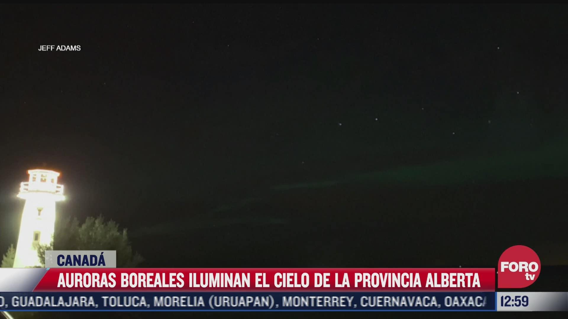 espectaculares auroras boreales iluminan el cielo en canada