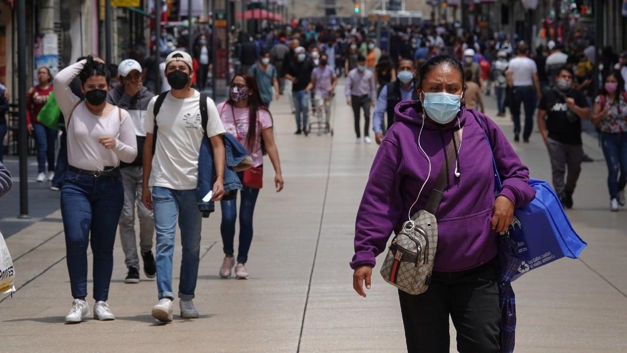 México reporta 647 nuevas muertes por covid y 15 mil 586 contagios