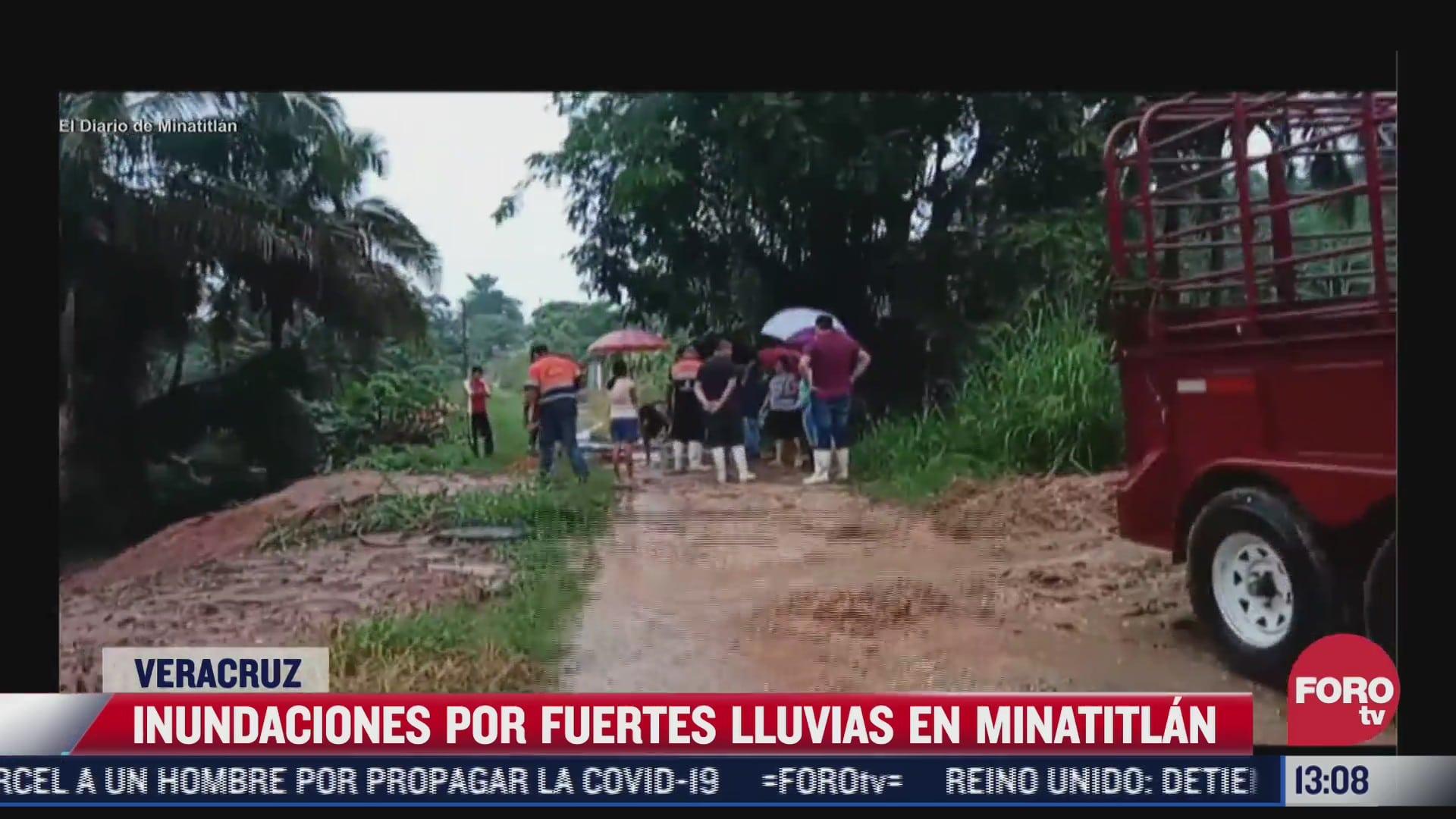 fuertes lluvias por primer frente frio dejaron afectaciones en minatitlan veracruz