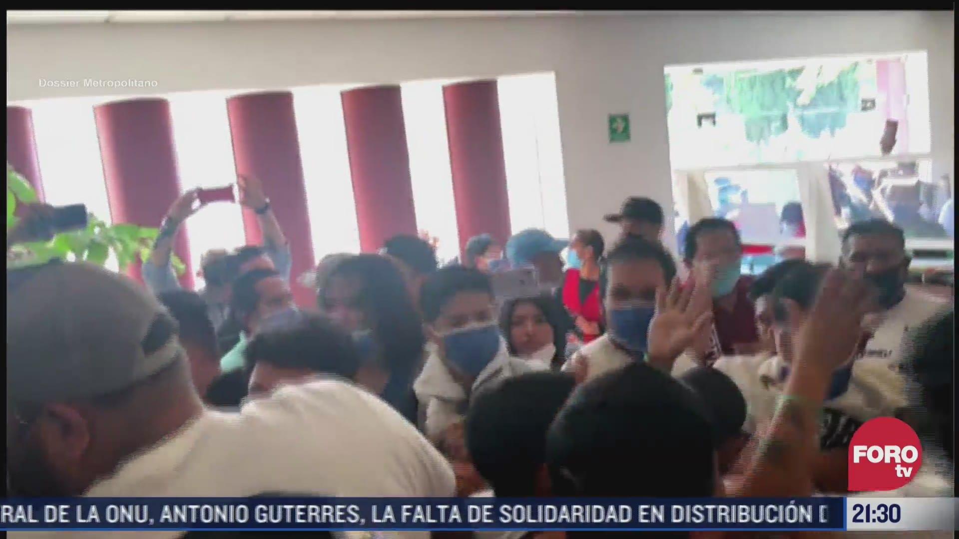 golpean a alcalde suplente de cuautitlan durante reunion con comerciantes