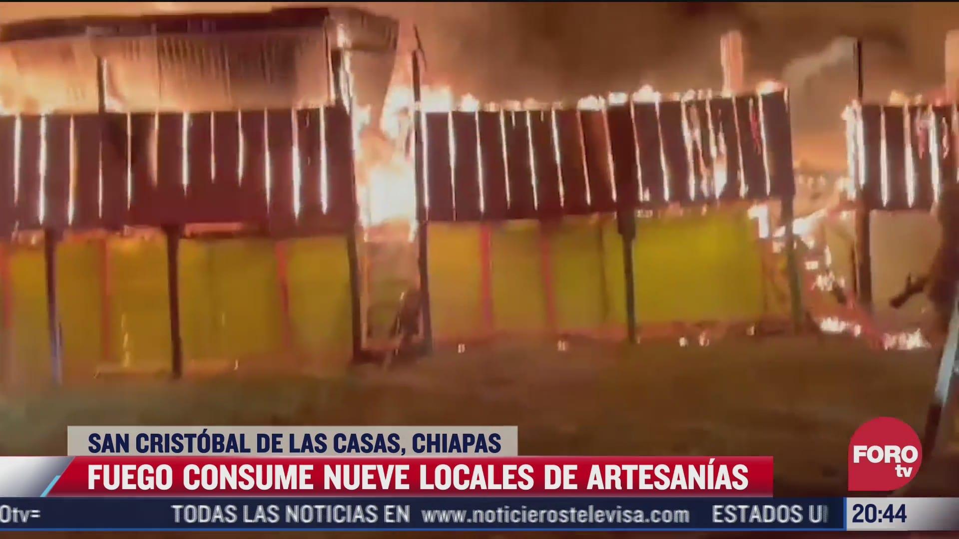 incendio consume locales de artesanias en chiapas