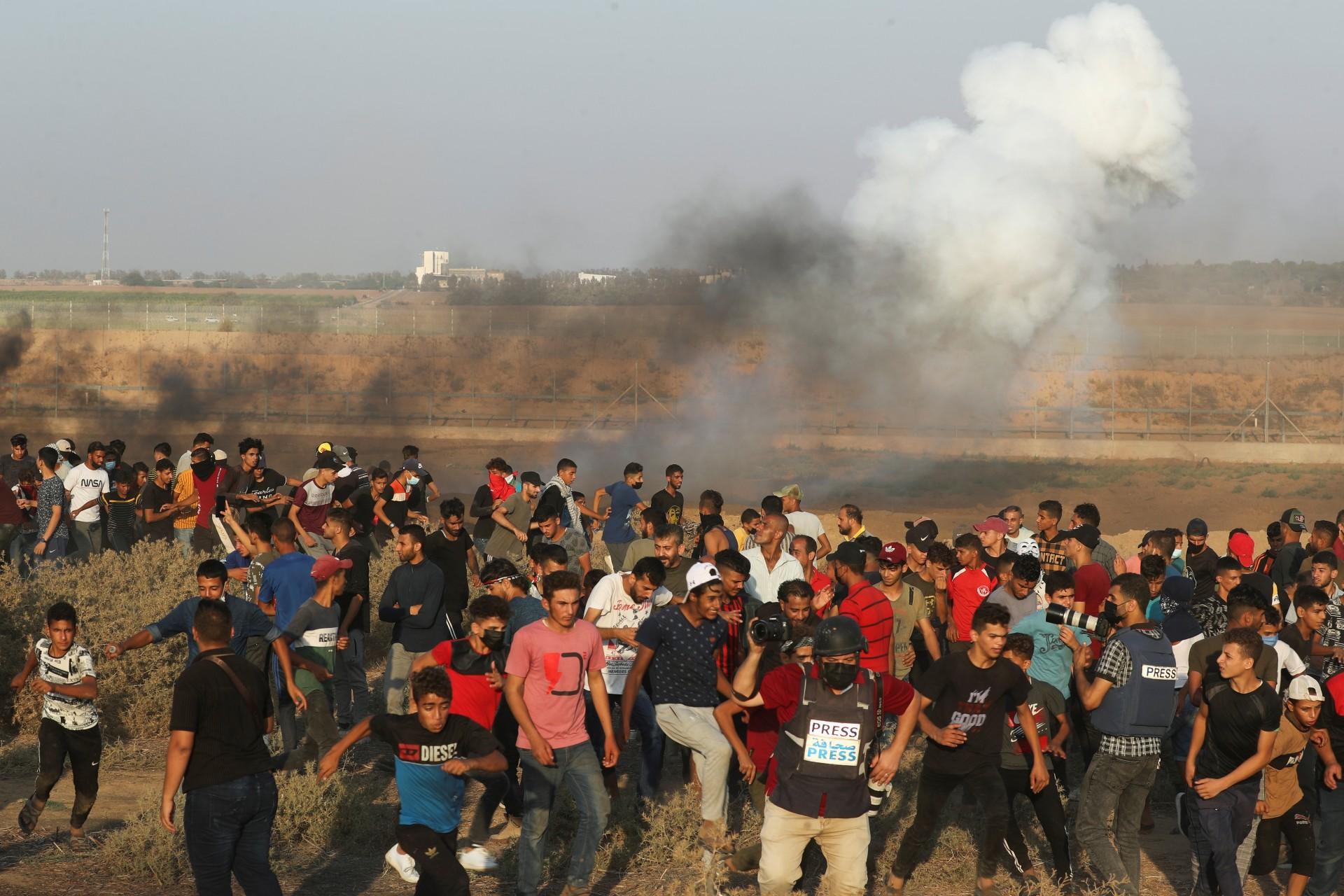 Lanzan cohete desde Gaza hacia Israel tras captura de presos palestinos.